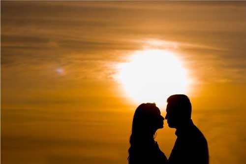 結婚を諦めても恋愛はするべきか